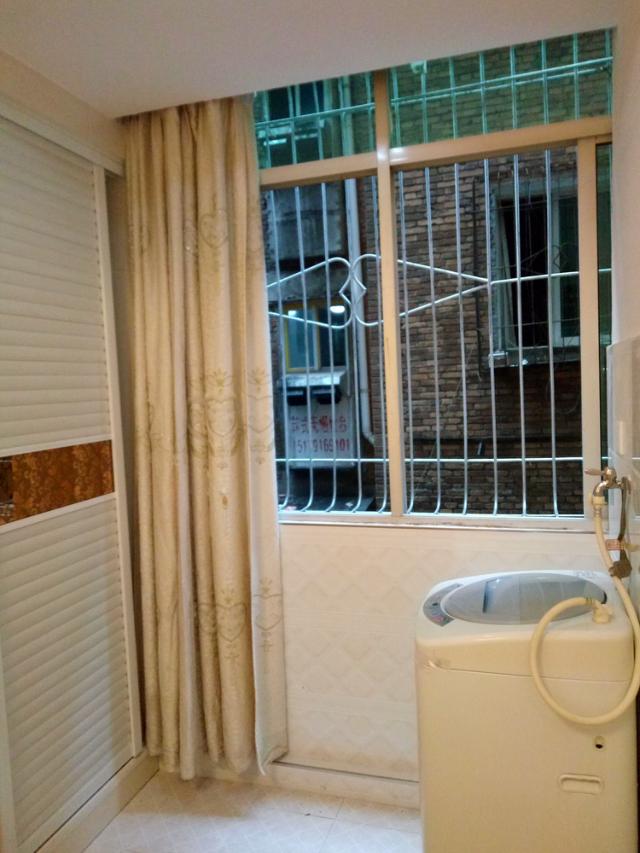 南昌市干家前巷小学巷小学对面租房_2室1厅1深圳龙华松柏上塘图片